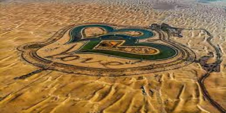 'Love Lake' of Dubai, a romantic spot for relaxation, for lovebirds, nature lovers